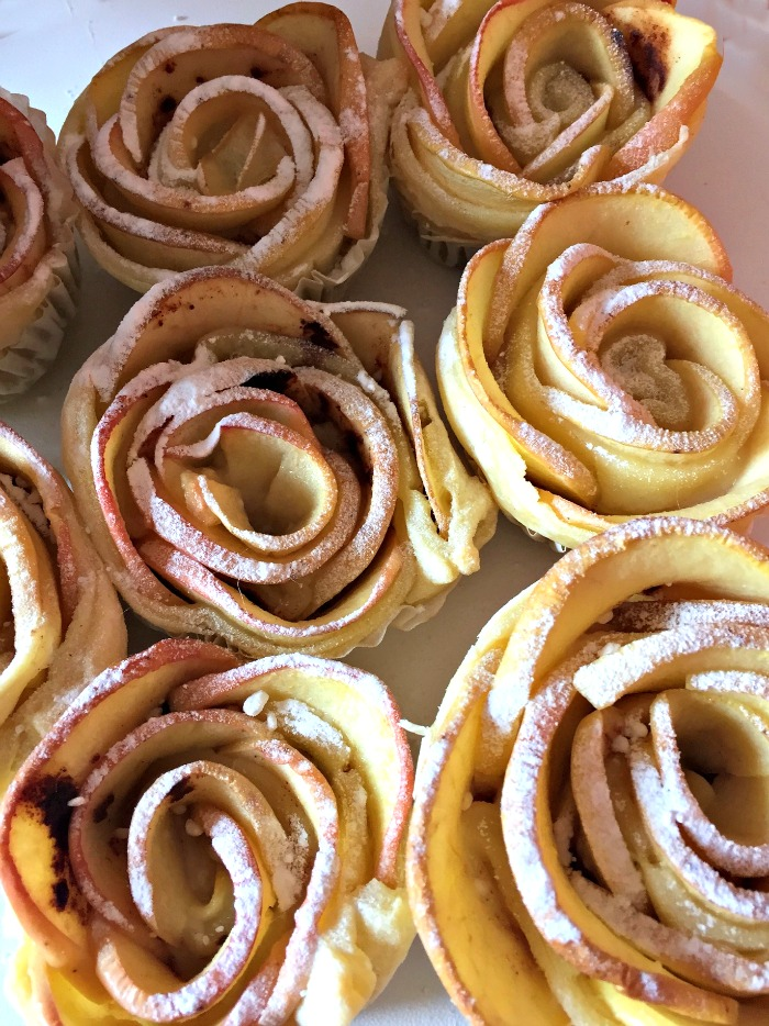 Oven backed apples shaped like roses