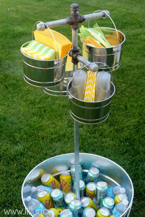 """Outdoor Party Tips - <a href=""""http://jessexplainsitall.com/outdoor-party-tips/ """" target=""""_blank"""">Jess Explains It All</a>"""