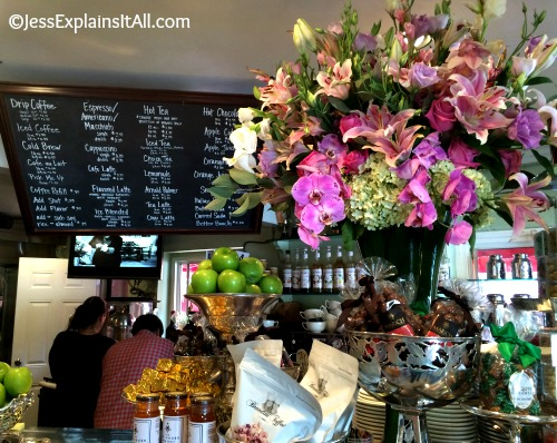 Places To Eat In Los Angeles: Aroma Coffee and Tea