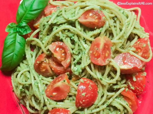 pasta with tomatoes and pesto