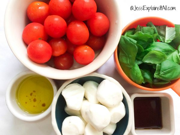 Mason Jar Caprese salad ingredients