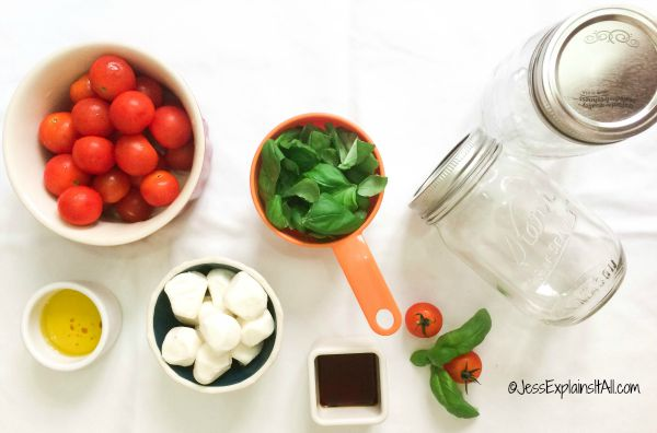 I love caprese salads. Tomatoes + cheese + basil = so delicious! I wanted to make this meal portable so I created a recipe for a caprese salad in a jar!