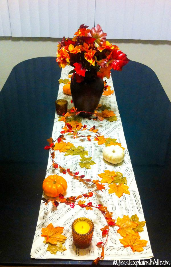 Looking for a fun, festive, fall project to wow any visitor to your home? Check out my tutorial for this quick and easy DIY Fall Tablescape!