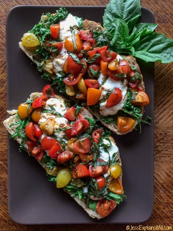 The best bruschetta is a perfect mix of creamy and crunchy. That's why Burrata Bruschetta is the best! Check out my recipe for creamy Burrata Bruschetta!