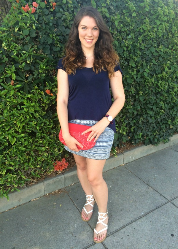 Need some inspiration for your 4th of July outfit? Check out my choice for a casual, summery and fun outfit that is perfect for July 4th!